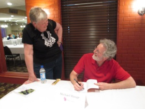 WisRWA President Anne Parent chats with Keynote Speaker Michael Hauge